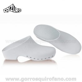 Zuecos Calzuro Blancos sin agujeros.